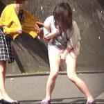 【盗撮】膀胱のコントロールを見失って公然でお漏らししちゃってる女子たちの記録♪