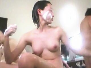 【盗撮】スーパー銭湯で汗を流すピチピチの美肌が眩しい女の子たちのシャワータイム♪