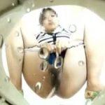 【盗撮】女子たちの聖水を浴びる素敵な疑似体験ができる女子トイレの和式便器放尿模様♪