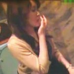 【盗撮】洋式トイレでウンコシーンを盗み撮られた挙句ハナホジまで晒された淑女さん♪