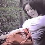 【盗撮】真夏の公園で白昼堂々とクンニからフェラから手マンに及んでる淫行カッポー♪