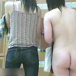【盗撮】人気のスーパー銭湯の脱衣所でハメ盛りな裸体を狙い撮りされた女子たち♪