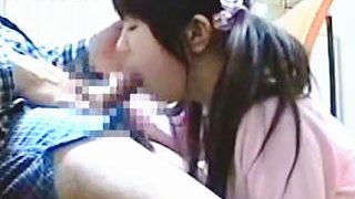 【盗撮】受験生にとって大事な時期なのに家庭教師のチ〇ポを咥えさせられたロリ娘♪
