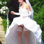 【盗撮】衝撃のウエディングドレスパンチラ晒す花嫁と集合写真パンチラ晒すゆかいな仲間たち♪