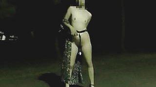 【盗撮】変態夫婦の露出プレイに煽られて大量射精を盗撮された赤っ恥なサラリーマンたち♪