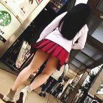 【盗撮】街中で目に入った女子校生からミニスカギャルまで乱撮りしてる自由気ままな覗き屋稼業♪