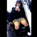 【盗撮】電車内で見かけたスマホ弄ってる無警戒女子をスマホで片っ端から狙うとこうなった♪