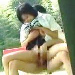 【盗撮動画】公園でフルコースの野外セックスしてる熱愛中の学生カップルを隠し撮りしたった♪