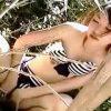 【盗撮】一人で海に来てるビキニ女子の3人に2人は野外オナニーが目的で来てるド淫乱女子な件♪