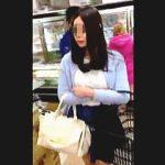 【盗撮】スーパーでは万引き犯以上に挙動不審丸出しで逆さ撮り失敗もエスカレーターでは最強な撮り師♪