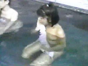 【盗撮】その昔テレビのバラエティー番組では女性の裸がほとんど毎日当たり前に観られた件♪