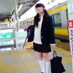 【盗撮動画】いたって普通の女子校生だからこそ見たくなるパンチラを強制スカメク撮りしますた♪
