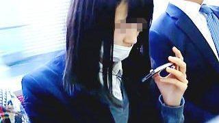 【盗撮】電車通学でスカメク撮り師とたまたま同じ駅を利用してる黒髪マスク女子校生の受難♪