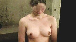 【盗撮】服の上からでも美巨乳がわかる女子たちの実際の全裸が拝める大興奮の温泉風呂♪