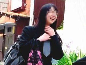 【盗撮】女子校の近所に引っ越したおかげで女子校生ターゲットに事欠かないオレの家最強♪