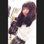 【盗撮動画】パンチラ魅せたいアピールしてる美少女チックな女子校生の願いを叶える逆さ撮り♪