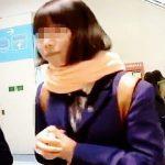 【盗撮動画】素朴で純朴そうな女子校生のパンチラにこそロマンを感じてる昭和育ちの撮り師♪