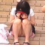 【盗撮動画】旺盛な女子力とパンチラで男子たちの股間を奮い勃たせる露出狂なミニスカ女子♪
