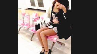 【盗撮】超ハイヒールにミニスカ合わせてるお姉さんはエロパンティ穿いてると思ったら♪