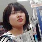 【盗撮】オタッキーな一般素人少女を逆さ撮りしてるパンチラヲタクでロリ専なオヤジ撮り師♪