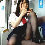 【盗撮】なんちゃってセーラー女子校生から黒スト美脚で煽りに煽られて辛抱堪らず隠し撮り♪
