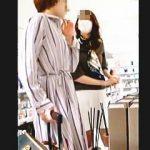 【盗撮動画】撮り師と撮り師が被るほどのパンチラフェロモン撒き散らしてるミニスカ美脚お姉さん♪
