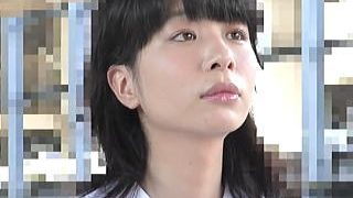 【盗撮動画】美白美肌で学級委員タイプの女子校生が痴漢の肉棒で無慈悲に中出しレイプされてた♪