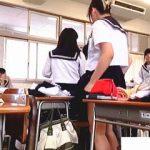【盗撮動画】実習授業や部活で色々着替えることが多い現役女子校生たちを隠し撮りしてるJK♪