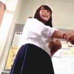 【盗撮動画】男子学生にジェラシーを感じるほどに無警戒なパンチラが無数に拝める学校生活♪