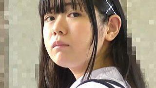 【盗撮動画】痴漢に中出しレイプされて感じてる学園ドラマの脇役でいそうなムチムチ女子校生♪