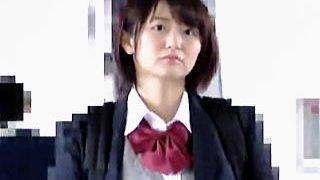 【盗撮動画】女子アナを目指してそうな女子校生が痴漢に犯されてから便所セックスしておった♪