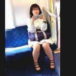【盗撮動画】このギャップが堪らん!女子力高めの女の子のプリケツに喰い込んだエロパンチラ♪