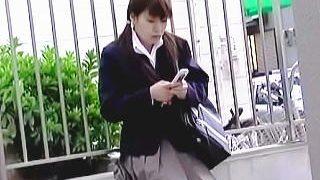 【盗撮動画】この時この女子校生はまだ知らない。この後に起こる人生最大の破廉恥な体験を♪