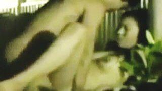【盗撮動画】見るからに不倫カップルとわかる男女の破廉恥な温泉風呂セックスを隠し撮り♪