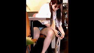 【盗撮動画】面接にやって来たムチムチミニスカ女子の面接官を骨抜きにする透け透けパンチラ♪