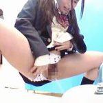 【無修正】女子校の始業前後の女子トイレは慢性的な混み具合で改善のため調査した結果♪