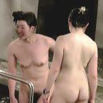 【盗撮】全裸シンクロナイズドスイミング状態で入浴しに来た妖艶ボディの熟女さんたち♪