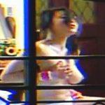 【盗撮動画】カーテンをフルオープンで破廉恥なオナニーを晒しちゃってるドスケベ女子♪