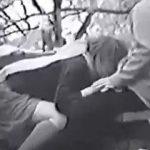 【盗撮】まだ肌寒い公園で草食男子風のカレシのチンポを咥えてハメてる肉食系ギャル♪