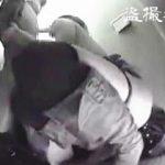 【盗撮】排泄姿の撮影が目的だったのにリーマンのチンポフェラする女子が撮れてますた♪