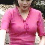 【盗撮】ビーチクポジション丸わかりな衣装なのに笑顔で仕事をこなす女子アナたち♪