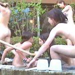 【盗撮】真昼間の露天風呂に集団入浴して一斉に去ってゆく台風一過のようなギャルたち♪