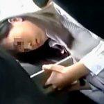 【盗撮動画】電車でいつも見かける勤勉な女子校生の様子が変だったので調べたら陰湿な痴漢に遭ってますた♪