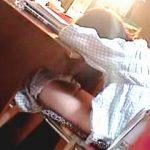 【盗撮】本能では必須でも勉強には大敵な性欲をパジャマオナニーで静かに発散してる受験生女子♪