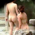 【盗撮】いきなりハイレベルな女体が撮れてテンション上がったのに徐々に下がった露天風呂♪