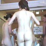【盗撮】人気のスーパー銭湯に潜入して入食い状態で全裸女体を撮りまくってる常連の女撮り師♪