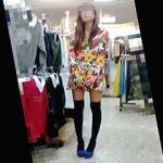 【盗撮動画】サイケデリックファッションのド派手な店員さんのパンティは意外にもアレだった件♪