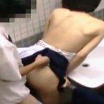 【盗撮】多目的トイレの意味を履き違えてセックスしにやって来た学生バカップルを晒す♪
