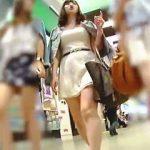 【盗撮動画】女子グループのセンター張ってる女子はやっぱり一番スケベなパンティ穿いてる件♪
