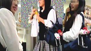 【盗撮】列に並んだ女子校生たちを逆さ撮りしながらレジ待ちしてる抜け目のない撮り師♪
